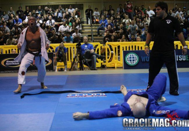 Que faixa-preta novato será o grande bicho-papão do Jiu-Jitsu em 2014?