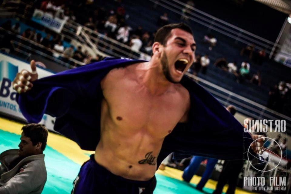 Renato Cardoso, campeão absoluto do Brasilia Open. Foto: Jair Lacerda/ Divulgação