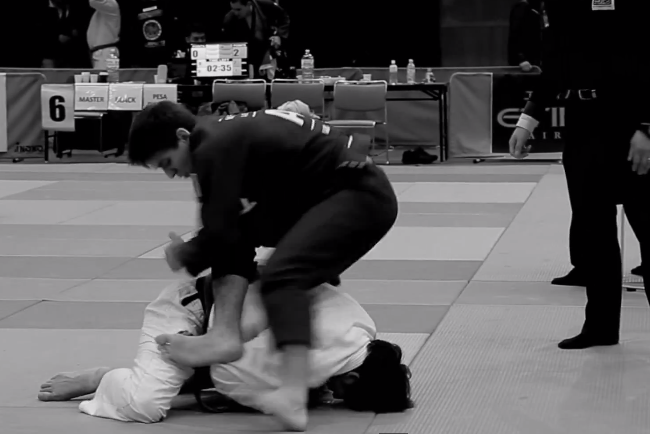 Video: Be mesmerized by the speedy moves and submission of the Mendes brothers