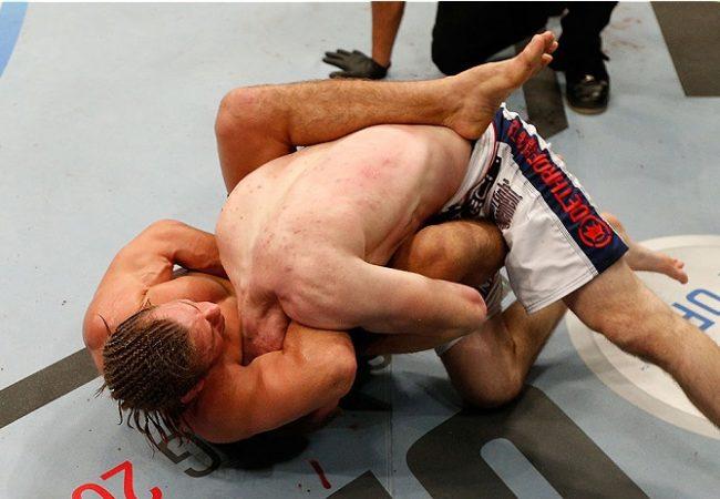 Jiu-Jitsu no UFC: nocaute ou finalização? Faber prefere a guilhotina