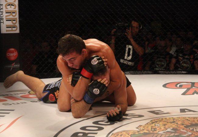 Finalizações e cinturão feminino marcam o Jungle Fight 63, no Pará
