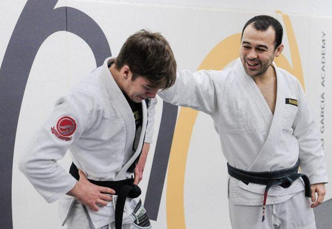 A pegadinha de Marcelo Garcia na graduação do faixa-preta de Jiu-Jitsu Gianni Grippo
