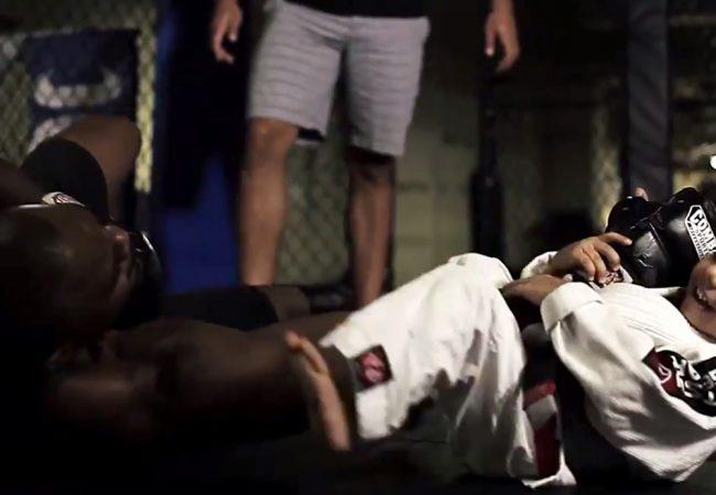 Veja Rashad Evans ser finalizado por uma menininha fera no Jiu-Jitsu