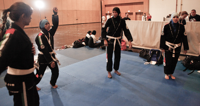 IBJJF changes rules to allow female muslims to compete with heads covered