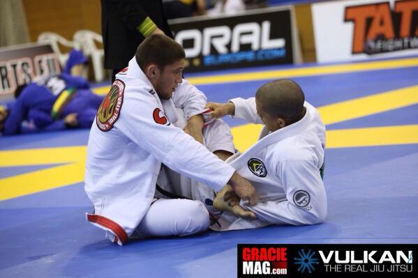 Aprenda 2 contra-ataques para aniquilar a guarda 50/50 no Jiu-Jitsu!