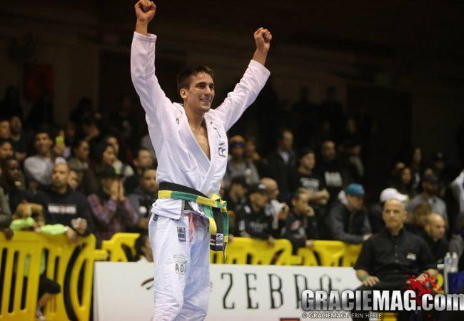 Jiu-Jitsu: veja o estrangulamento de Guilherme Mendes na Chechênia