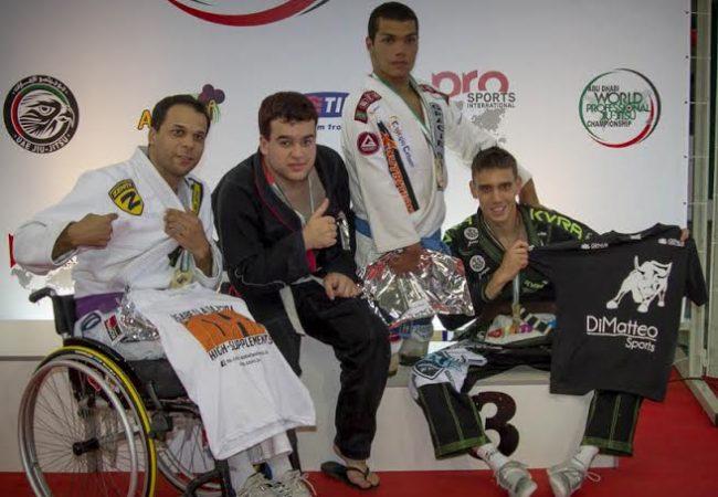 Categoria para atletas deficientes emociona seletiva de Jiu-Jitsu em Gramado