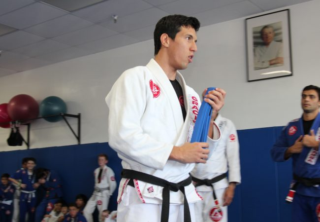 Master Carlos Gracie Jr.'s son, Kayron hosts his 1st Belt Ceremony