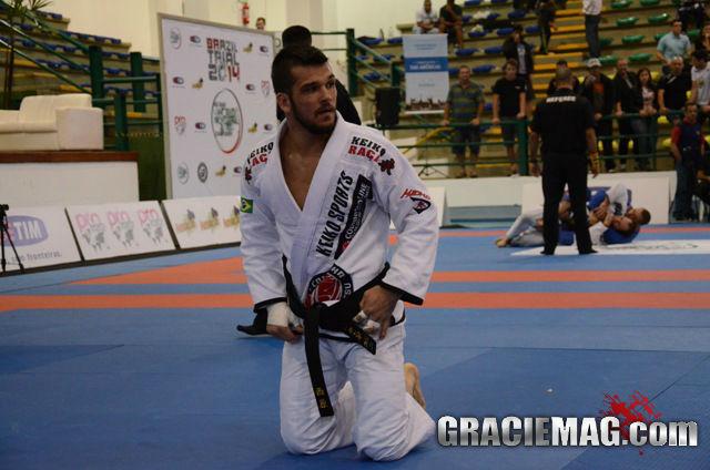 Michael Langhi venceu a divisão até 76kg com três finalizações em quatro lutas. Foto: Vitor Freitas