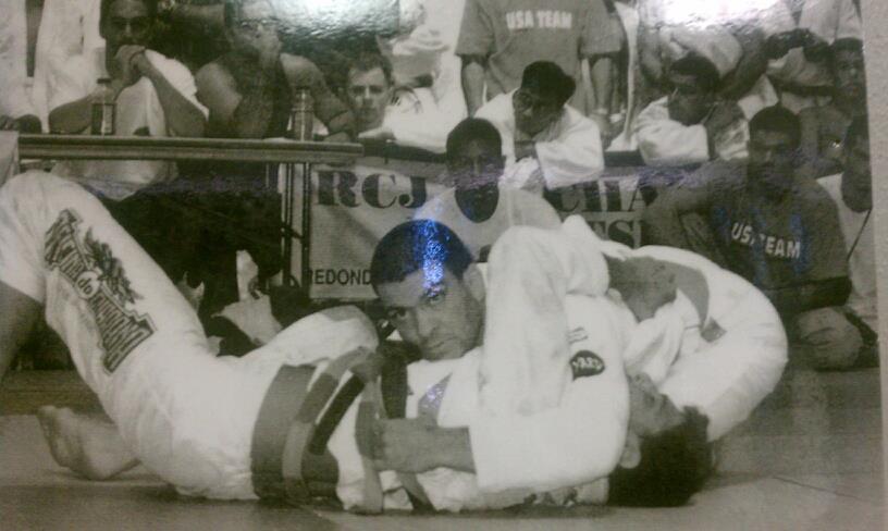Rigan passando a guarda de Roleta. Foto: Arquivo de Rigan Machado