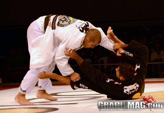 Jiu-Jitsu: Passe a guarda-aranha de uma vez, com Rodolfo Vieira
