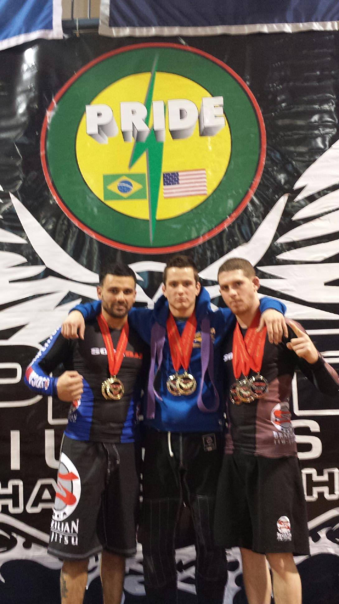 Members of GMA Soca BJJ show off their medals. Photo: Personal Archive