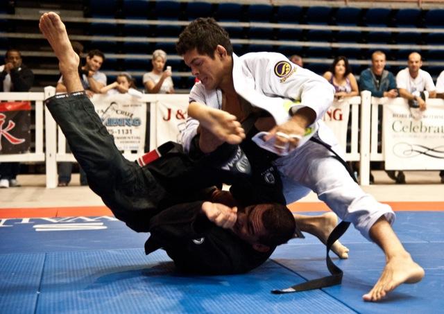 Carlos Diego chega invicto ao UFC. Foto: Dan Rod