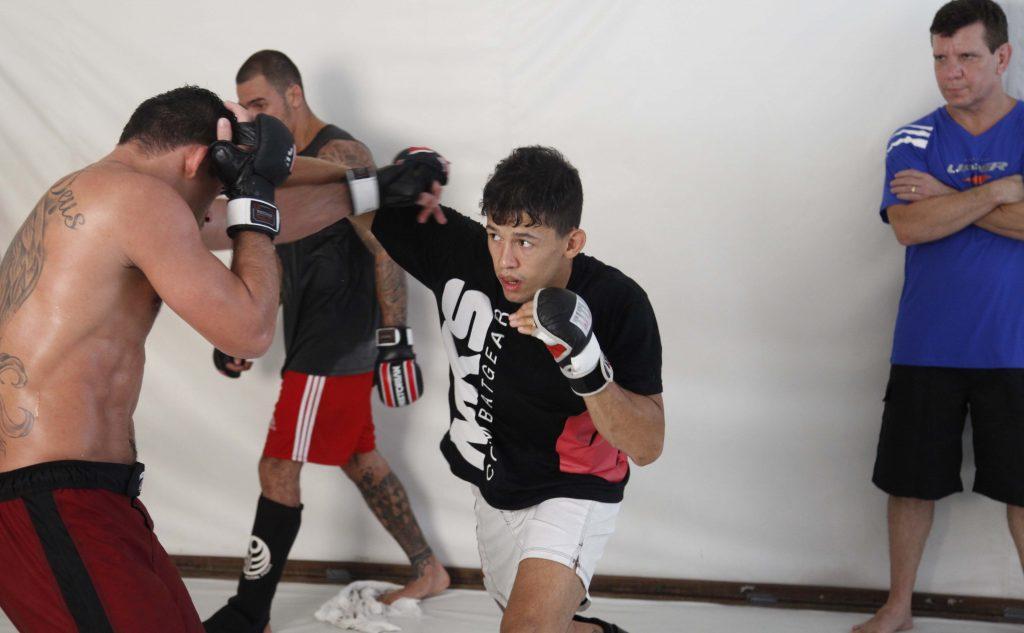 Dudu treina com Renan Barão para seu combate no Bellator. Foto: Fernando Azevedo/Divulgação