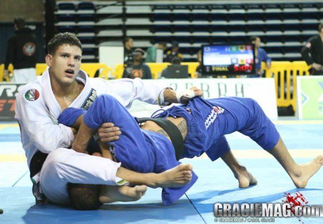 Vídeo: Preguiça comenta lesão no Pan de Jiu-Jitsu 2014 e luta com André Galvão