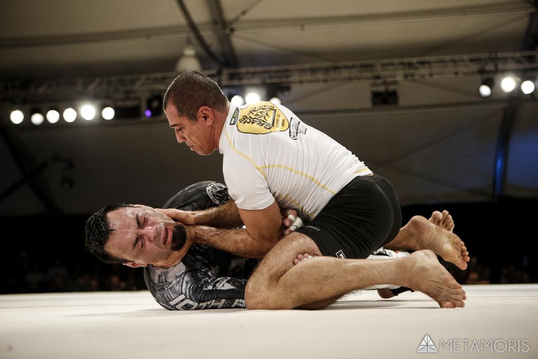 Royler Gracie em combate contra Eddie Bravo no Metamoris 3. Foto: Metamoris/Divulgação