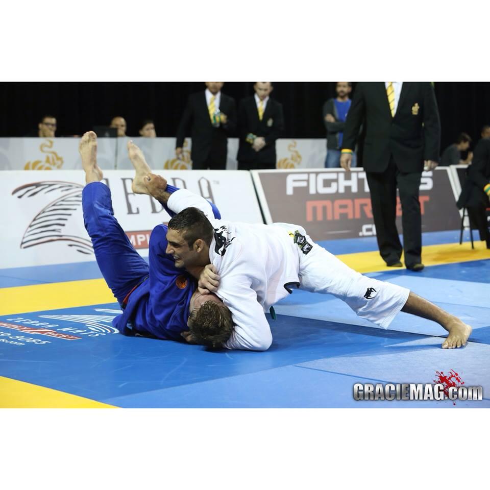 Leandro Lo venceu Alexander Trans na semifinal do absoluto Foto Ivan Trindade