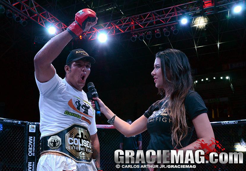 Vinicius Gigantiinho, agora dono do cinturão peso-pesado do Coliseu. Foto: Carlos Arthur