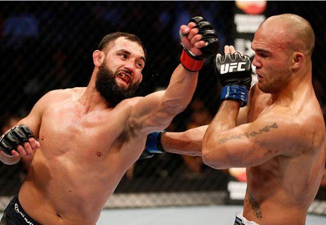 Reveja, em câmera lenta, os golpes do UFC 171: Hendricks x Lawler