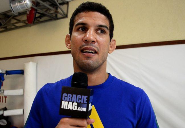 """Léo Santos comenta """"teste"""" contra Norman Parke no UFC em Natal"""