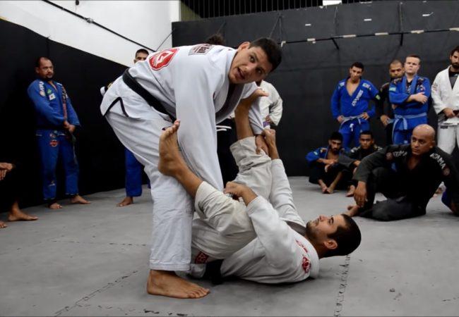 Vídeo: Felipe Preguiça ensina passagem da guarda-aranha no Jiu-Jitsu