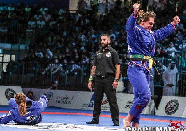 Veja a finalização de ouro de Gabi Garcia no absoluto em Abu Dhabi