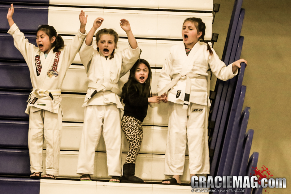 The kids rooting for the kids in Santa Cruz, during the American Cup