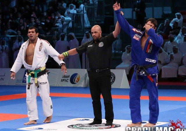 WPJJC: Veja mais uma grande final entre Buchecha e Rodolfo em Abu Dhabi