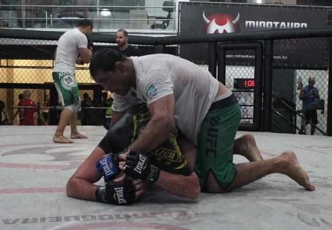 Com 15 anos de carreira, Minotauro promete fôlego para 5 rounds no UFC