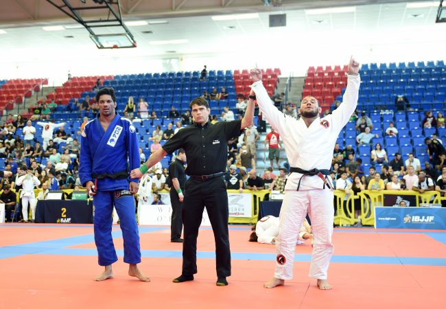 Roberto Cyborg reina no absoluto do Boca Raton Open de Jiu-Jitsu