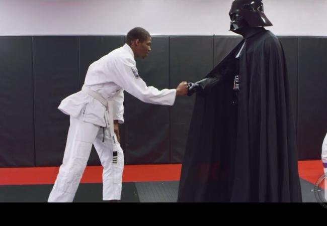 Video: the day Darth Vader started training Jiu-Jitsu