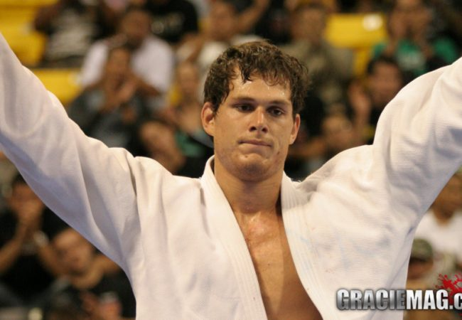 Worlds: remember Roger Gracie's first open class title and register now for 2014
