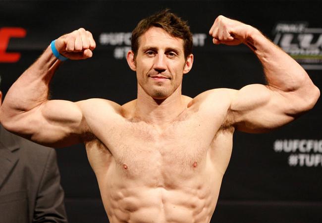 Tim Kennedy supera Michael Bisping e Côté vence Noke no UFC