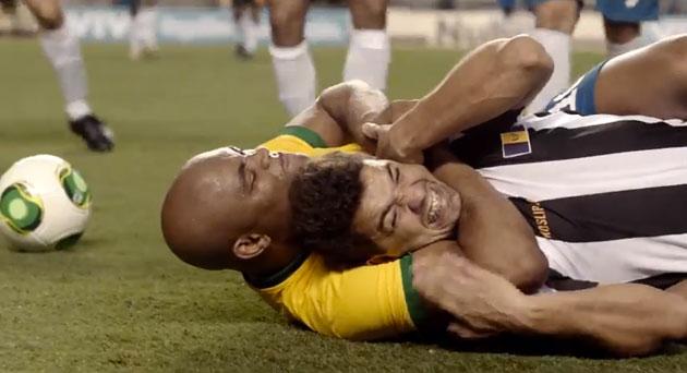 Anderson Silva em comercial da selecao brasileira Foto Divulgacao