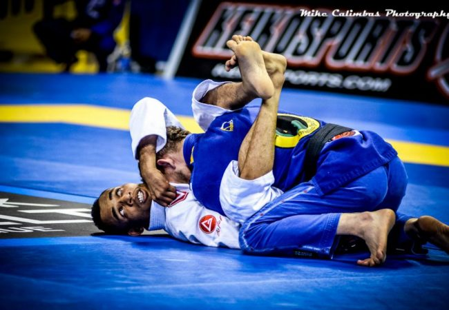 """BJJ Technique: Learn step-by-step the famous """"Baratoplata"""" submission"""