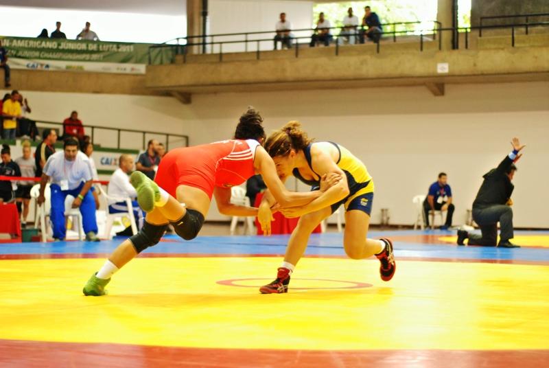 Campeonato de luta olímpica no Brasil: modalidade sonha com mais atletas entre os estudantes e medalhas. Foto: CBLA/Divulgação