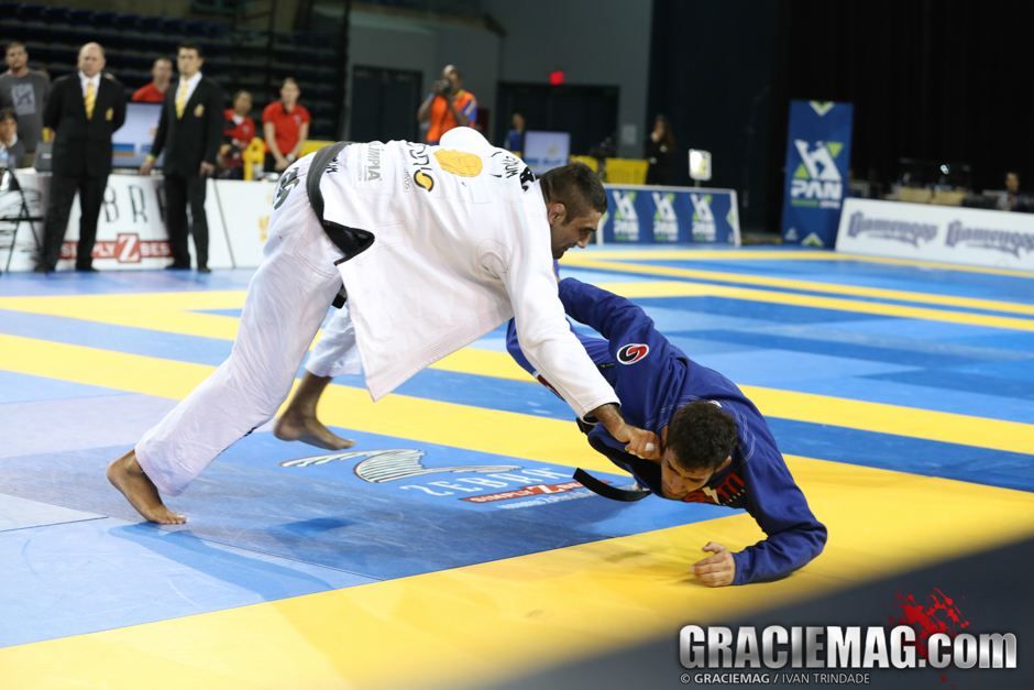 Lo vs. Otavio in the 2014 Pan