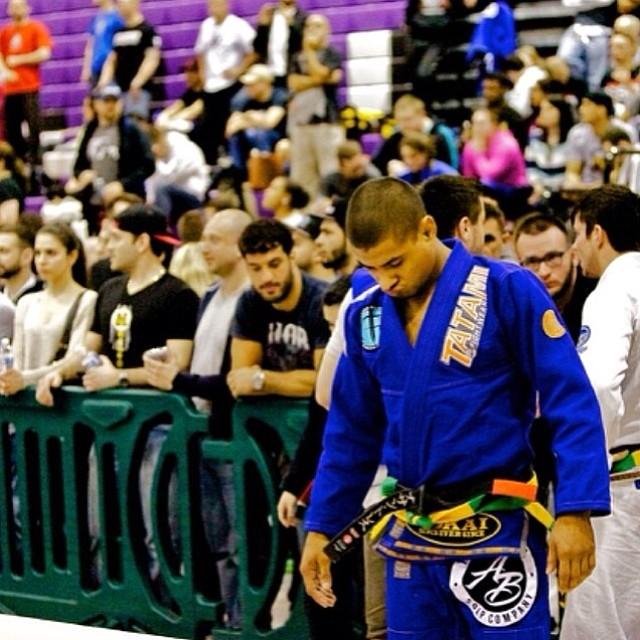 Jonthan Torres antes de entrar no tatame. Foto: ATH Sports Nutrition