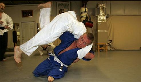 Jiu-Jitsu e superação: conheça Kyle Maynard e nunca mais falte um treino por bobeira