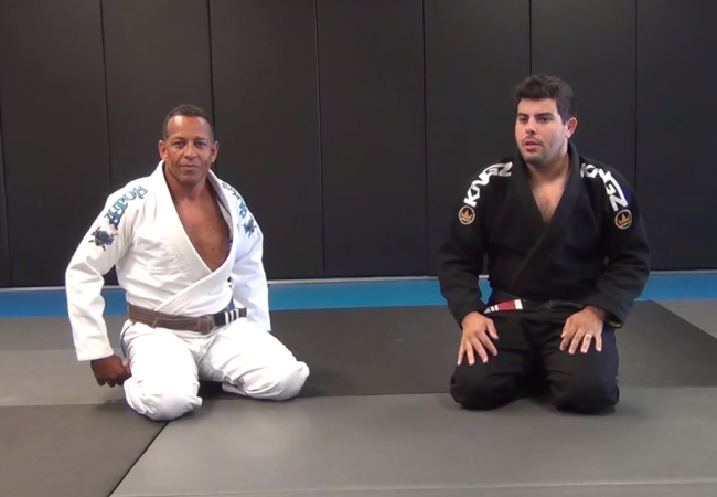 Leo D'Avila teaches a berimbolo variation without the DLR hook