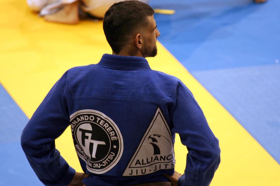 Thomas Oyarzun concentração antes da luta. Foto: Arquivo Pessoal