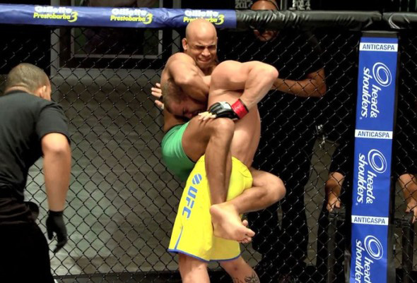 Campeão do TUF Warlley Alves quer resolver suas diferenças no UFC