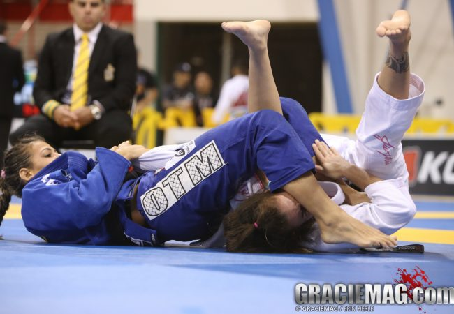 Bia Mesquita's winning armbar at the Rio BJJ Pro