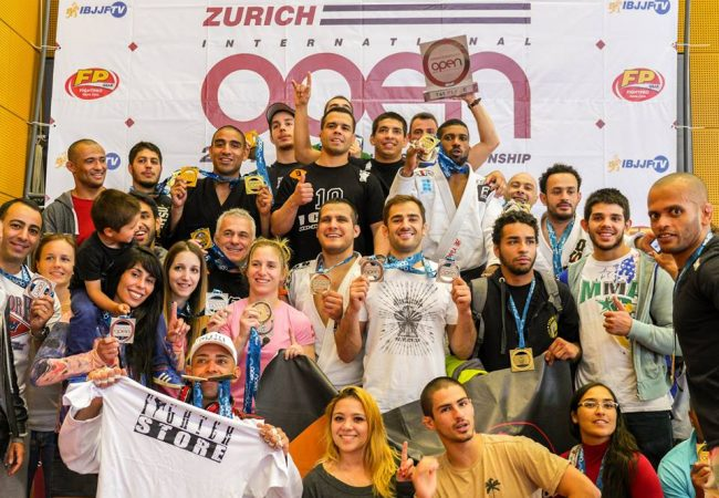 Icon JJ Team celebrating at the podium in Zurich