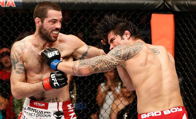 Erick Silva e Matt Brown na luta principal do UFC em Ohio. Foto: UFC/Divulgação