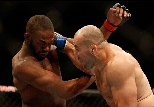 Vídeo: Reveja lances de Jones x Glover, em câmera lenta, no UFC 172