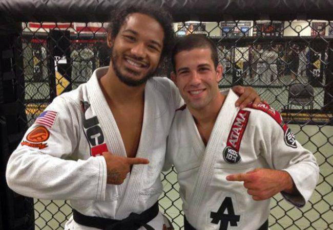 Vídeo: o mata-leão do faixa-preta Ben Henderson no UFC desse sábado