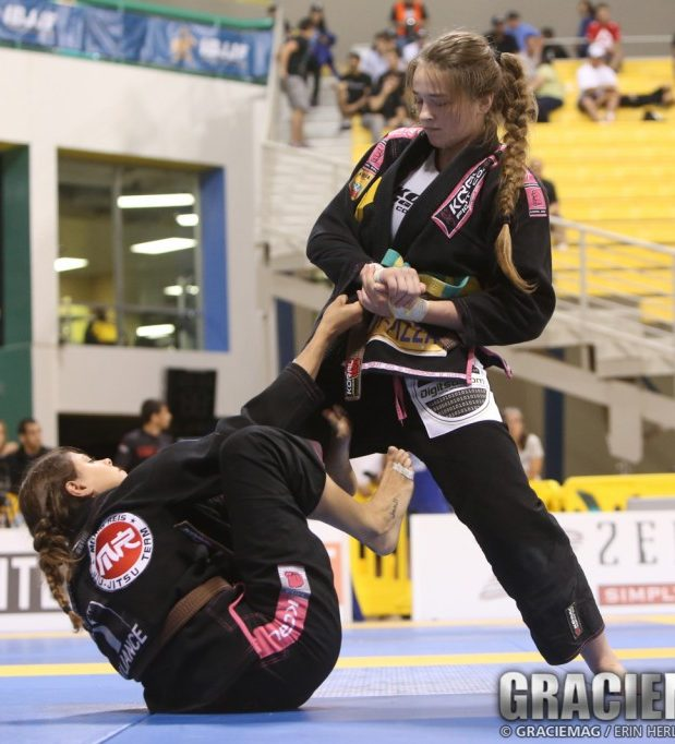 Final do absoluto marrom entre Monique Elias e Dominyka