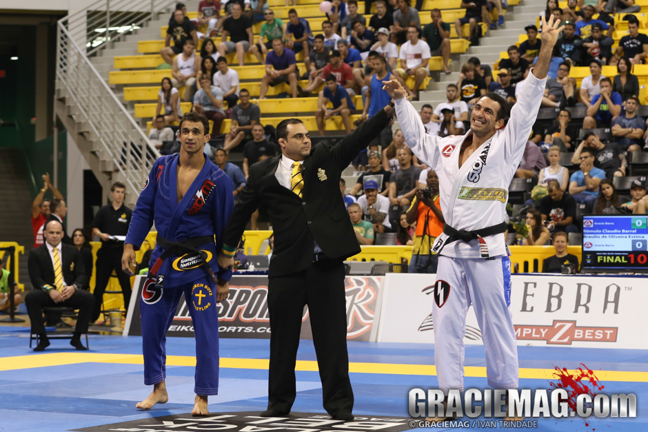 Barral and Braulio closed out the medium-heavyweight division