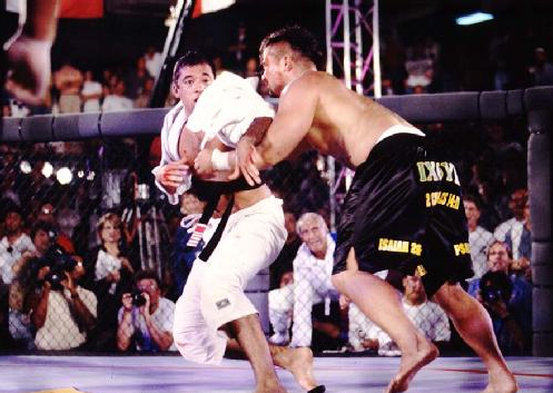 Video: Remember Royce Gracie vs Kimo Leopoldo in the epic battle of UFC 3